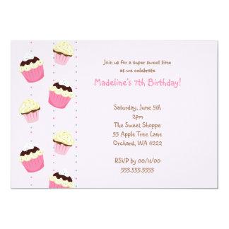 La fiesta de cumpleaños rosada de las magdalenas invitación 12,7 x 17,8 cm