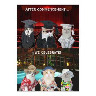 """La fiesta de graduación adaptable de los gatos invitación 5"""" x 7"""""""