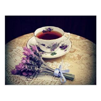 La fiesta del té de la lavanda y del té invita, po postal