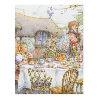 La fiesta del té del sombrerero enojado colorido postal