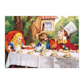 La fiesta del té del sombrerero enojado en el país impresiones de lienzo