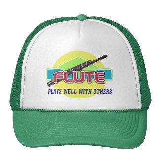 La flauta juega bien gorras