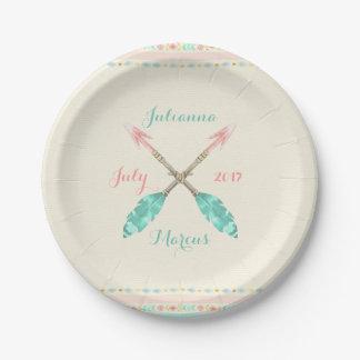 La flecha tribal de la acuarela empluma cualquier platos de papel