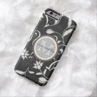 La flor blanca negra remolina monograma funda de iPhone 6 barely there