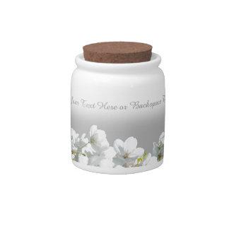 La flor de cerezo personaliza el tarro blanco del jarras para caramelos