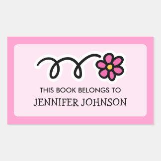 La flor de la margarita este libro pertenece a la pegatina rectangular