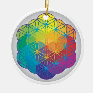 La flor del arco iris de la vida colorea energía d ornaments para arbol de navidad