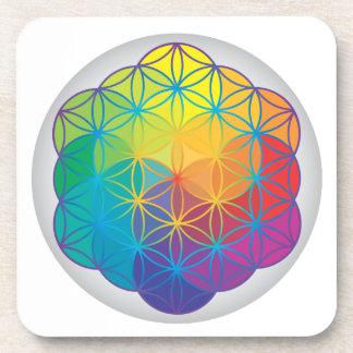 La flor del arco iris de la vida colorea energía d posavasos