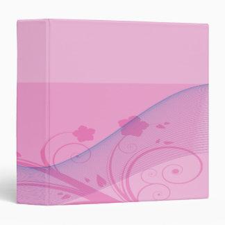la flor rosada agita el cuaderno