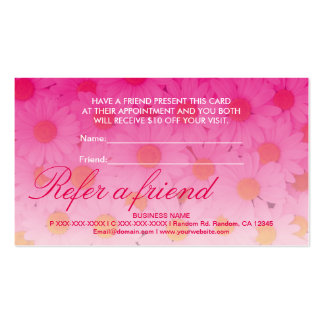 La flor rosada de la margarita refiere tarjetas de tarjetas de visita