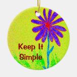 La flor salvaje lo mantiene simple ornamento de reyes magos