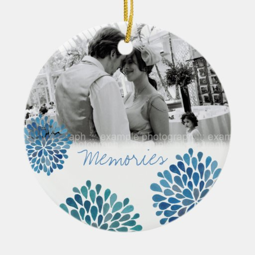 La floración azul estalla el ornamento de la foto  ornamento de reyes magos