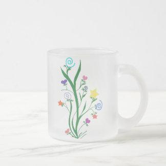 La floración protagoniza corazones y remolina taza