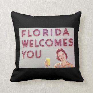 La Florida le acoge con satisfacción Cojines