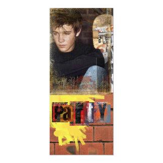 """la foto adolescente del muchacho invita invitación 4"""" x 9.25"""""""