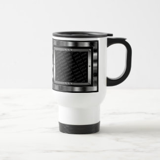 La foto de la mirada del metal enmarca la taza