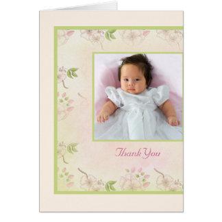 La foto de las flores de cerezo le agradece cardar tarjeta pequeña