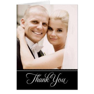 La foto del boda le agradece negro de las tarjetas