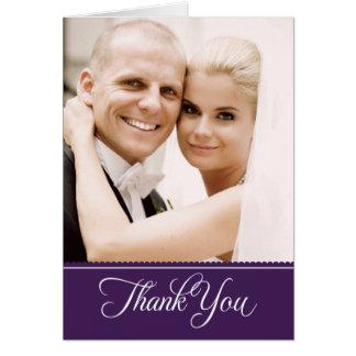 La foto del boda le agradece púrpura de las tarjeta pequeña