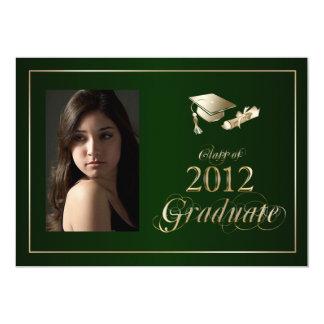 """La foto graduada con clase del verde y del oro invitación 5"""" x 7"""""""