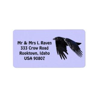 La foto negra del cuervo que vuela etiqueta 6 etiqueta de dirección