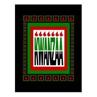 La fractura de Kwanzaa con 7 llamas y adornó el ma Postal