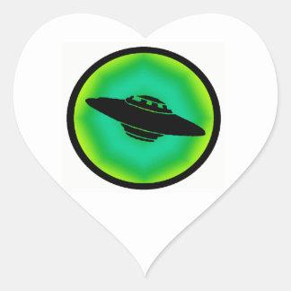 LA FRECUENCIA DEL UFO PEGATINA EN FORMA DE CORAZÓN