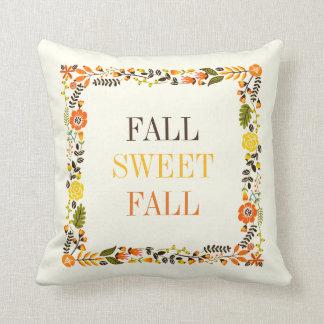 La frontera floral de la caída en otoño colorea cojín