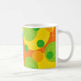 La fruta cítrica retra puntea la taza enrrollada d