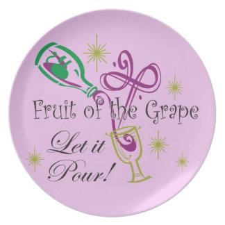 ¡La fruta del vino rojo de la uva, lo dejó vierte! Plato De Comida