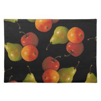 La fruta en negro, engrasa el arte en colores manteles