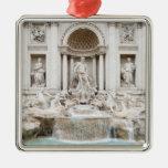 La fuente del Trevi (italiano: Fontana di Trevi) Adorno Navideño Cuadrado De Metal