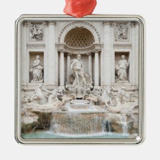 La fuente del Trevi (italiano: Fontana di Trevi) Adorno Cuadrado Plateado