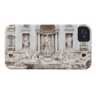 La fuente del Trevi (italiano: Fontana di Trevi) Case-Mate iPhone 4 Protector