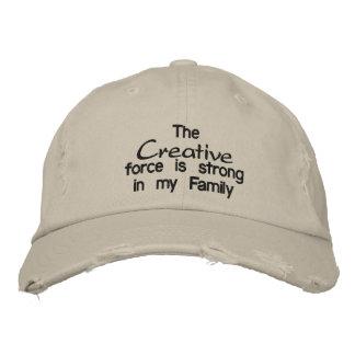La fuerza creativa es fuerte en mi familia gorras bordadas