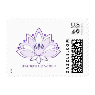 La fuerza púrpura de Lotus miente dentro Envio