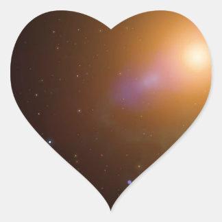 La galaxia pegatina en forma de corazón