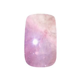 La galaxia protagoniza las nubes rosadas bonitas arte para uñas