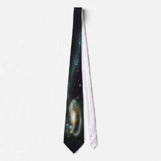 La galaxia UGC 10214 del Tadpole Corbata Personalizada