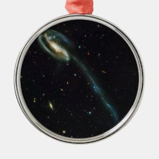 La galaxia UGC 10214 del Tadpole Ornamento De Reyes Magos