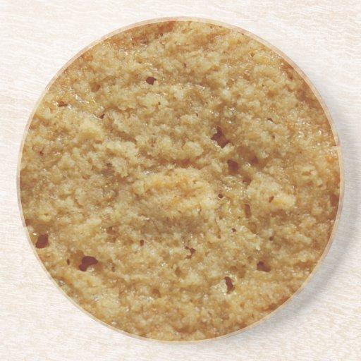 La galleta cocida curruscante bebe el práctico de  posavasos para bebidas
