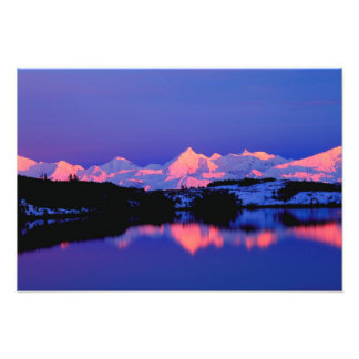 La gama de Alaska está adyacente a Mt Denali Fotografias