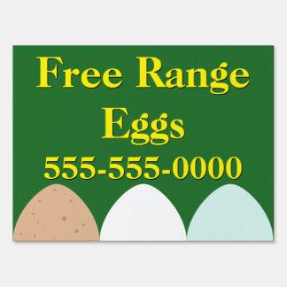 La gama libre Eggs la muestra de la yarda Letrero