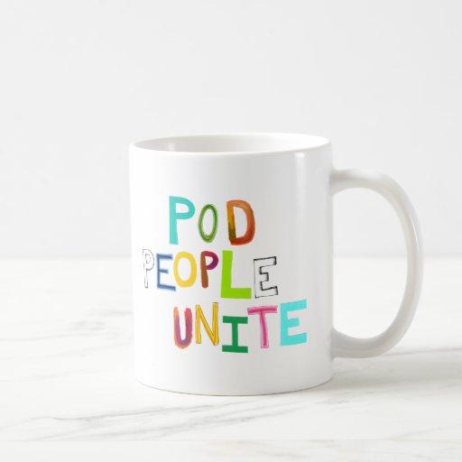 La gente de la vaina une palabras únicas coloridas taza