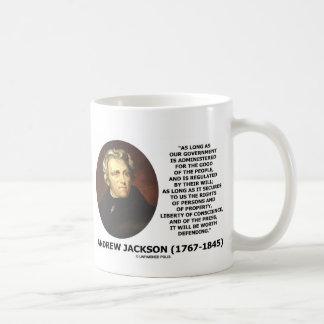 La gente del gobierno de Andrew Jackson defendiend Tazas