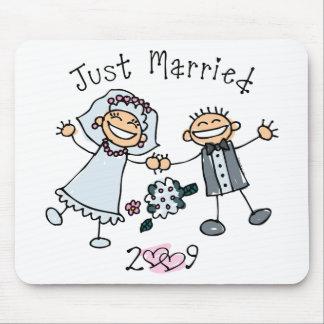 La gente del palillo acaba de casar 2009 mouse pads