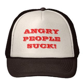 La gente enojada chupa gorros