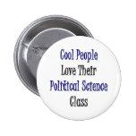 La gente fresca ama su clase de la ciencia polític pin