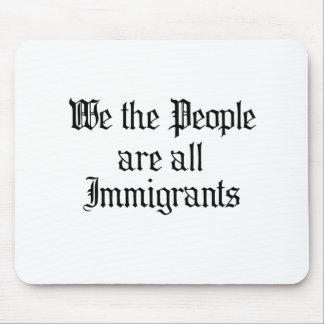 La gente somos todos los inmigrantes tapete de raton