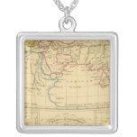 La geografía de Ptolomeo Collar Plateado